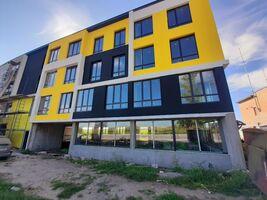 Продається 2-кімнатна квартира 87.4 кв. м у Тернополі