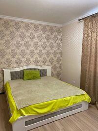 Сдается в аренду 2-комнатная квартира 76 кв. м в Черкассах
