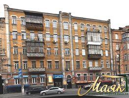 Продажа торговой площади, Киев, р‑н.Солдатская Слободка, ст.м.Золотые ворота, Артемаулица, дом 33а
