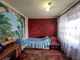 Продається 4-кімнатна квартира 62 кв. м у Черкасах