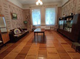 Сдается в аренду 1-комнатная квартира 50 кв. м в Черновцах