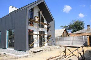 Продается дом на 2 этажа 253 кв. м с террасой