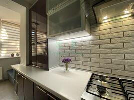 Продается 3-комнатная квартира 80 кв. м в Ирпене