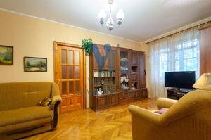 Продается 2-комнатная квартира 42 кв. м в Киеве