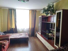 Продается 1-комнатная квартира 44 кв. м в Полтаве
