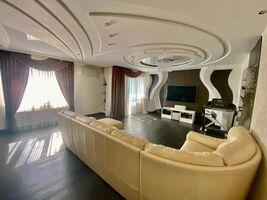 Продается 5-комнатная квартира 200 кв. м в Николаеве