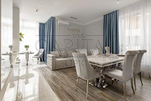 Продается 3-комнатная квартира 92 кв. м в Киеве
