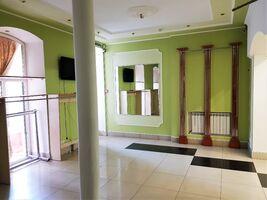 Продается помещения свободного назначения 65 кв. м в 3-этажном здании