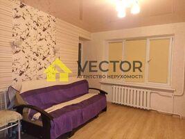 Продается 2-комнатная квартира 48 кв. м в Полтаве