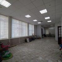 Продается офис 169.3 кв. м в торгово-офисном центре