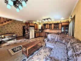 Продається будинок 3 поверховий 172 кв. м з терасою