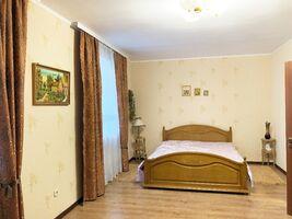 Продается 2-комнатная квартира 82.4 кв. м в Ровно