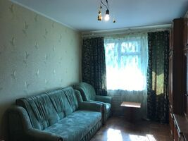 Продается 3-комнатная квартира 62.7 кв. м в Чернигове