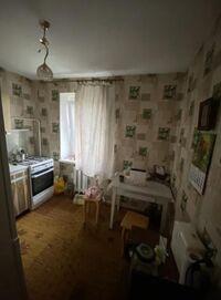 Продається 2-кімнатна квартира 48 кв. м у Полтаві