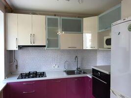 Продается 2-комнатная квартира 45.3 кв. м в Чернигове