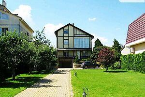 Продается дом на 2 этажа 245 кв. м с верандой