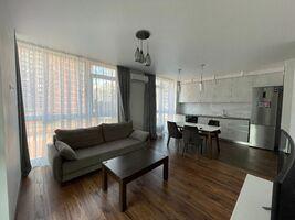 Продается 2-комнатная квартира 81 кв. м в Киеве