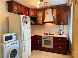 Продается 2-комнатная квартира 42 кв. м в Днепре