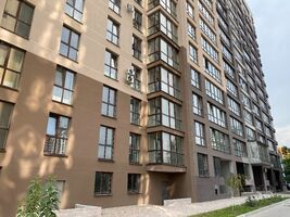 Продається 1-кімнатна квартира 42 кв. м у Дніпрі
