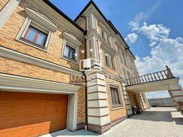 Продається будинок 4 поверховий 1134 кв. м з балконом