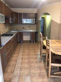Продається 2-кімнатна квартира 67.7 кв. м у Тернополі