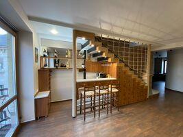 Продається 4-кімнатна квартира 168 кв. м у Тернополі