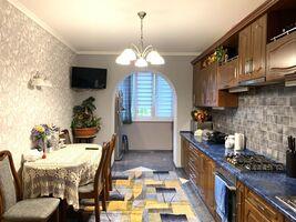 Продается 4-комнатная квартира 100 кв. м в Виннице