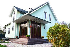 Продается дом на 2 этажа 228 кв. м с террасой
