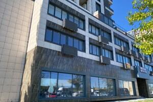 Сдается в аренду офис 1700 кв. м в торгово-офисном центре