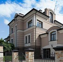 Продається будинок 3 поверховий 700 кв. м з каміном