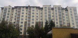 Продается 3-комнатная квартира 68 кв. м в Ивано-Франковске