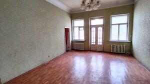 Продается 4-комнатная квартира 102 кв. м в Днепре