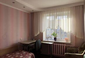 Сдается в аренду 3-комнатная квартира 64 кв. м в Виннице