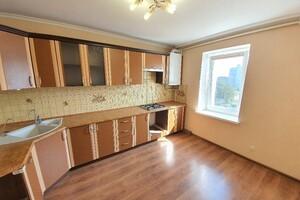 Продается 4-комнатная квартира 119 кв. м в Хмельницком