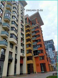 Продается 3-комнатная квартира 110 кв. м в Киеве