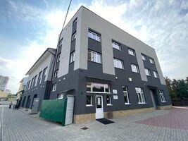 Сдается в аренду торгово-офисный центр 1212 кв.м