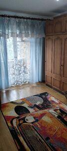 Здається в оренду кімната 70.6 кв. м у Києві