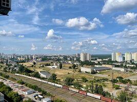 Продается 1-комнатная квартира 43.4 кв. м в Киеве