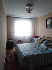 Здається в оренду 3-кімнатна квартира 72 кв. м у Ужгороді