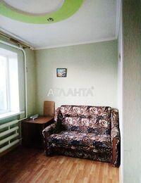 Продается 1-комнатная квартира 13.5 кв. м в Мариуполе