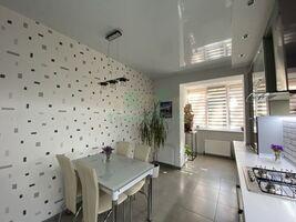 Продается 1-комнатная квартира 80.1 кв. м в Ирпене