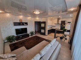 Сдается в аренду 3-комнатная квартира 80 кв. м в Ровно