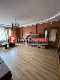 Продается дом на 2 этажа 230 кв. м с верандой