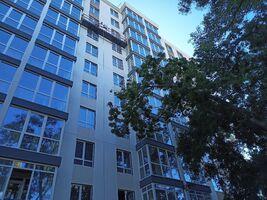 Продається 1-кімнатна квартира 41.83 кв. м у Одесі