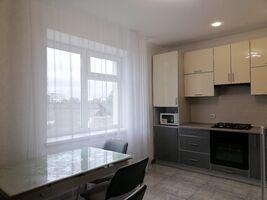 Сдается в аренду 2-комнатная квартира 73.1 кв. м в Тернополе