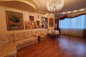 Продается 3-комнатная квартира 92.7 кв. м в Хмельницком