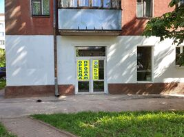 Продається приміщення вільного призначення 80 кв. м в 5-поверховій будівлі