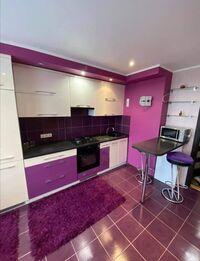 Сдается в аренду 1-комнатная квартира 68 кв. м в Черновцах