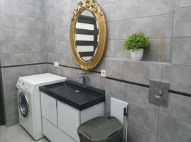 Продается 2-комнатная квартира 70 кв. м в Черновцах