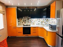 Продається 2-кімнатна квартира 90 кв. м у Ірпені